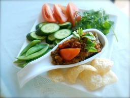 Nam prik ong (tomato chilli paste)