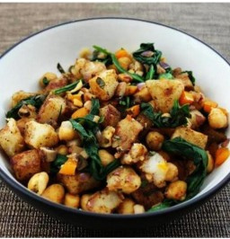 Lemon-pepper spiced potatoes and kale with chickpeas